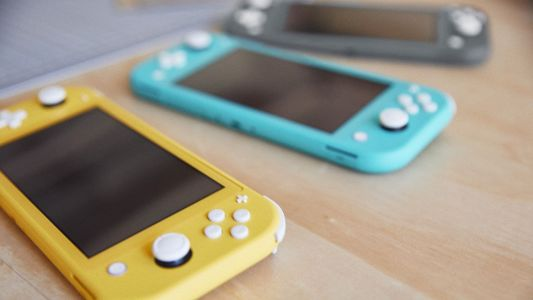 Nintendo just revealed a new game console - here's how the new $200 Nintendo Switch Lite stacks up against the old $300 Switch