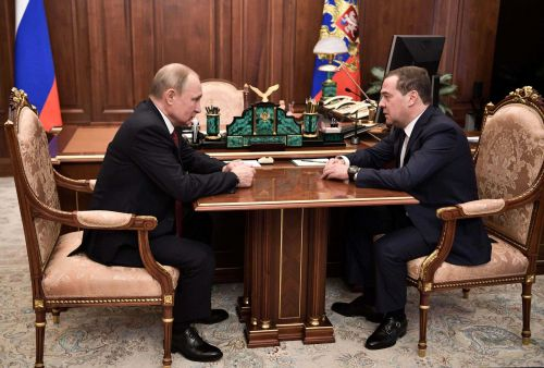 Russian government resigns as Putin seeks constitutional shakeup