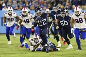 Titans stop Allen on 4th down, hang on to beat Bills 34-31