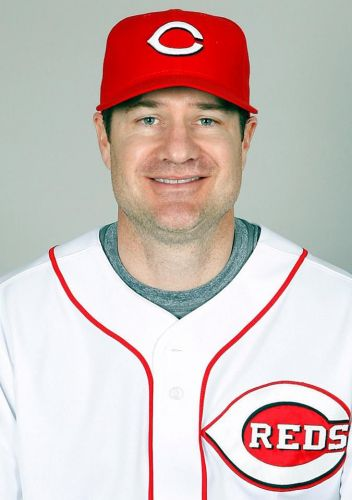 Reds tap Cincinnati native David Bell as new manager
