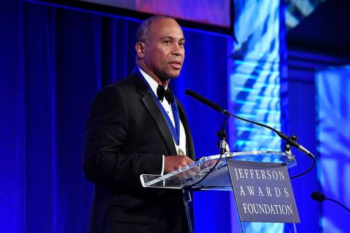 Deval Patrick mulls late entry into Democratic primary