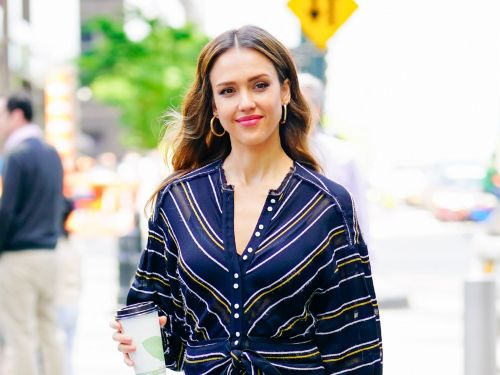 Jessica Alba says she thinks filming sex scenes is 'disgusting,' but her husband doesn't believe her