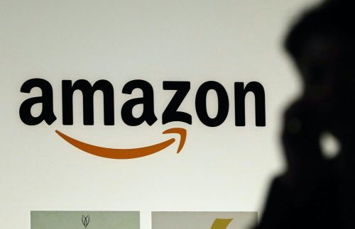 Former Amazon manager and her family charged with insider trading