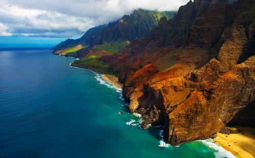 Hawaii fares plunge for fall & winter trips out of the Bay Area