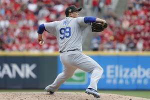 Ryu extends scoreless streak to 31 innings as Dodgers roll