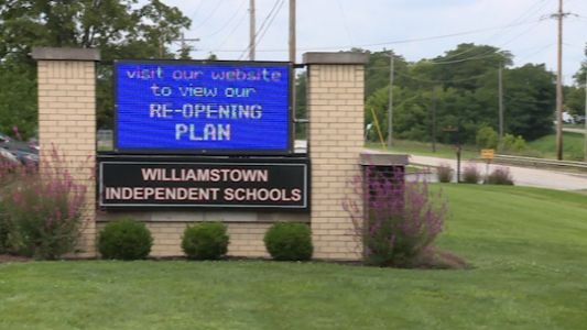 Northern Kentucky school district defying Gov. Beshear's in-person class delay recommendation