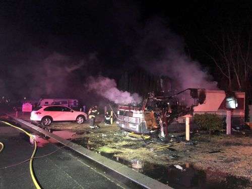 2 killed, 2 injured in early-morning RV fire in Dixon