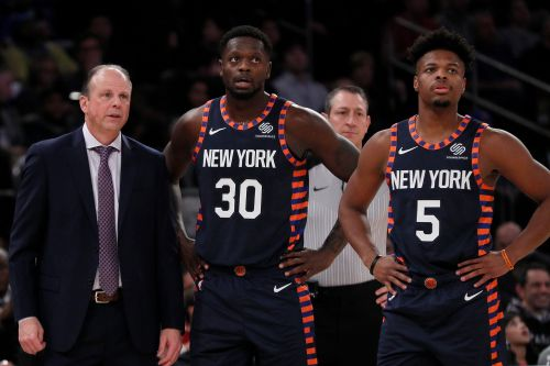 New coach can't save Knicks from finding excruciating way to lose