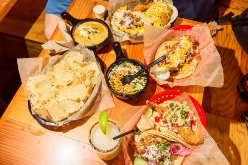 We visited a cult-favorite Texas taco chain that's trying to take over America. Here's why Chipotle should be terrified