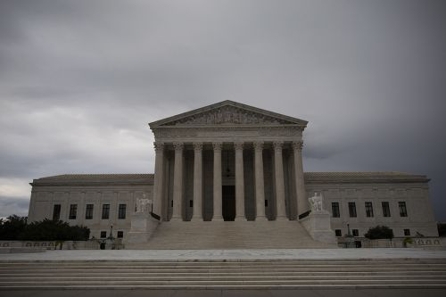 Supreme Court allows Trump to enforce 'public charge' immigration rule