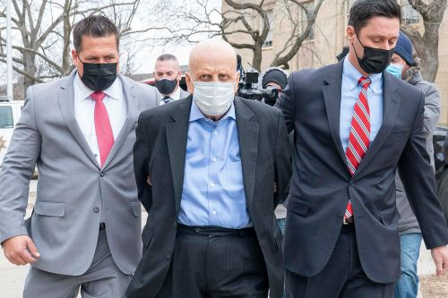 Long Island doctor charged with murder in drug-related deaths of five patients