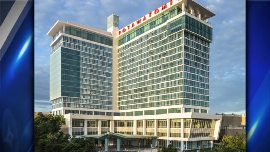 Crews top-off Potawatomi Hotel & Casino expansion project