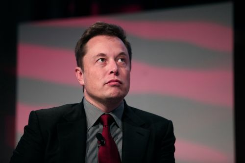 SEC says Elon Musk never sought approval for Tesla tweets