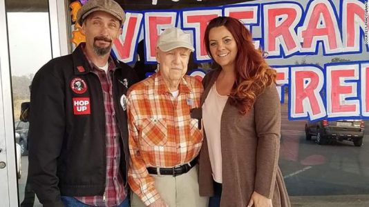 Couple takes in 93-year-old veteran after his town burned to the ground