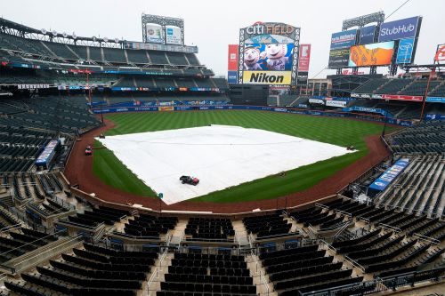 Mets turn routine April shower into embarrassing soap opera
