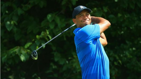 Tiger Woods' score, live highlights from Tour Championship Round 2