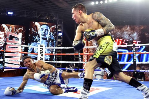 Oscar Valdez defeats Miguel Berchelt with devastating knockout blow