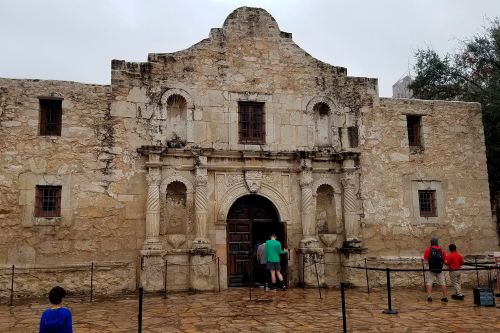 Three bodies found beneath the Alamo during archaeological dig