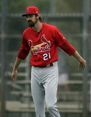 Cardinals newcomer Miller feels for unsigned free agents