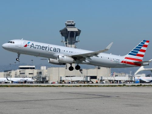 An American Airlines passenger died after a flight during which a doctor allegedly asked crew for an emergency landing three times