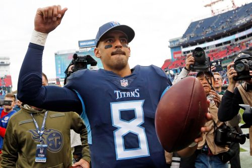 Linemakers are showing the Titans no respect