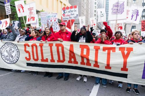 Chicago Teachers Strike: CPS cancels classes Monday as negotiations with Chicago Teachers Union drag on for 4th day: WATCH LIVE