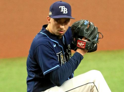 Blake Snell leads Rays past Blue Jays in Game 1 of wild-card