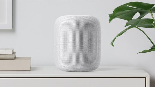 Give yourself a warm welcome with your favorite tunes and the HomePod