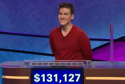 'Jeopardy!' champ James Holzhauer passes $1 million mark