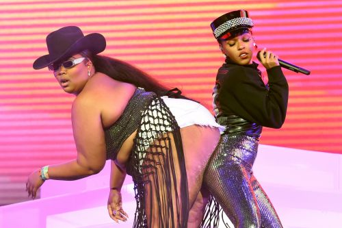 Janelle Monáe gets the ultimate booty bump from Lizzo and more star snaps