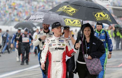 Daytona 500 postponed until Monday due to weather