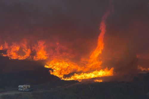 How forest fires make their own hellish weather