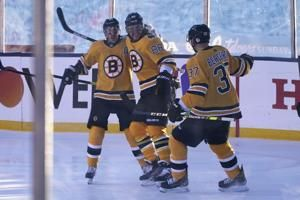 Pastrnak's hat trick helps Bruins rout Flyers at Lake Tahoe: 3 observations