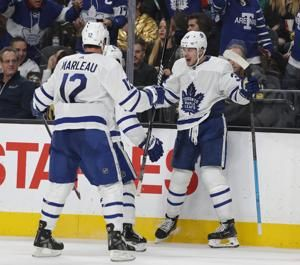 Matthews scores twice, Maple Leafs beat Vegas 6-3