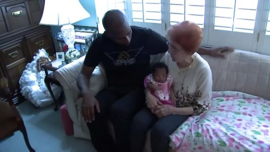 Woman takes in dad and newborn who are unable to fly home