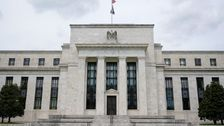 Fed Bans Policymakers From Investing In Individual Stocks, Bonds