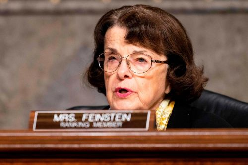 Feinstein drops out of Democratic leadership in Senate