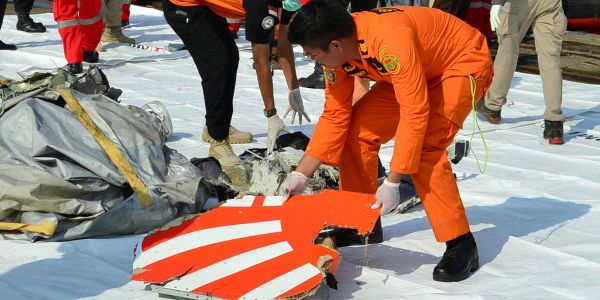 The crashed Lion Air 737 Max had the same malfunction the day before, but crew figured out how to stop it. The information never made it to the next flight