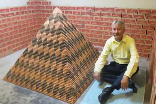 Arizona man builds pyramid out of 1 million pennies in world record attempt