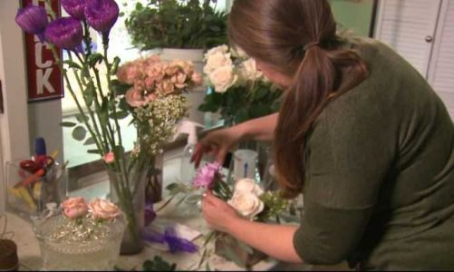 Albuquerque floral designer helps decorate White House for Christmas