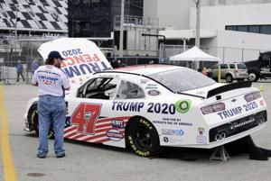 Trump takes Daytona 500 warmup lap in presidential limousine