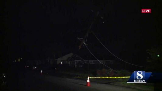 Watsonville car crashes into power pole, leaving dozens in the dark