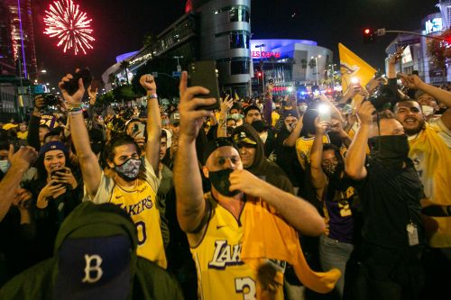 Lakers, Dodgers title runs becoming a COVID-19 mess for Los Angeles