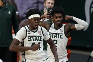 No. 8 Michigan St survives scare, beats Detroit Mercy 83-76