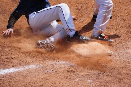 New Jersey high school baseball player sued coach who told him to slide into third base