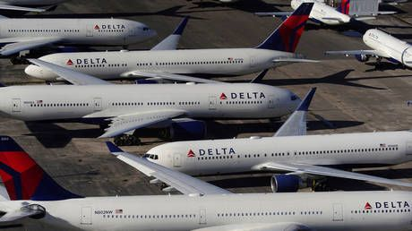 All new employees will be required to have Covid-19 vaccine, Delta Air Lines announces