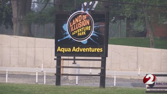 Teenage girl drowns at Ohio amusement park after falling from jumping apparatus, officials say