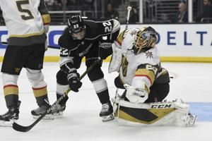 Stastny gets 2 power-play goals, Vegas beats Kings 5-2