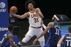 Jarrett Allen Reportedly Receives Qualifying Offer from Cavaliers, Will Be RFA
