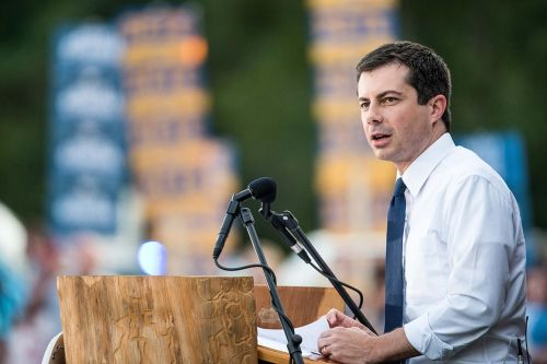 Mayor Pete vs. Beto: The battle is back on